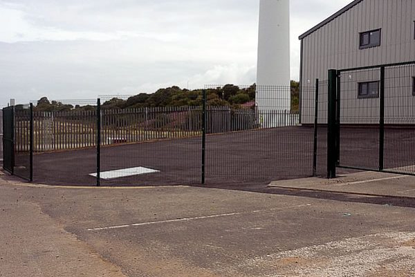 Commercial & Education Fencing
